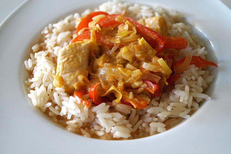 Rezept: Hähnchengulasch mit Paprika