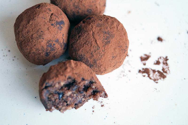 Energy Balls - Der gesunde Snack, der satt macht | klitzekleinedinge
