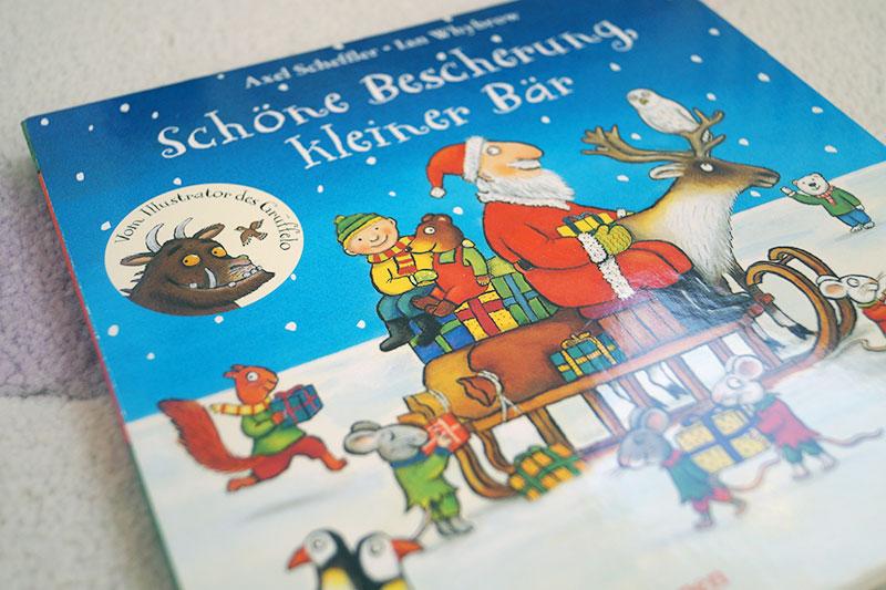 Kinderbuch-Adventskalender | 8. Dezember | Schöne Bescherung, kleiner Bär
