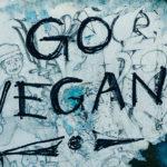 Woran erkennt man einen Veganer? Er wird es dir erzählen.